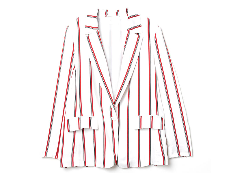 Printed blazer by H&M, available at Mall of the Emirates and Mall of Egypt, plus City Centres