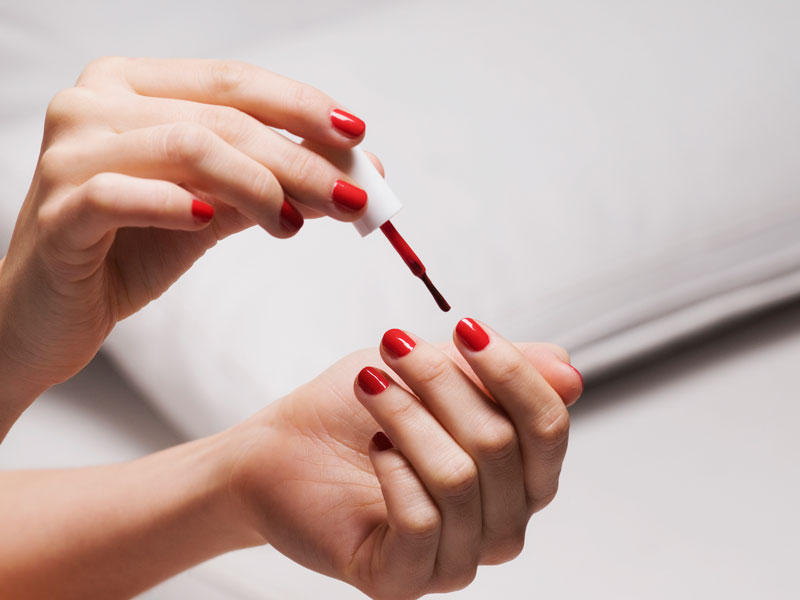 How to paint your nails at home