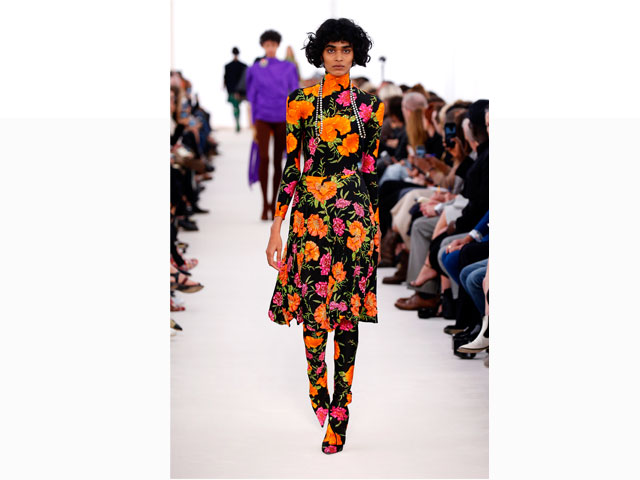 Floral trend on the Balenciaga S/S 2017 fashion runway